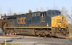 CSX 822 pushes on the rear of train U355